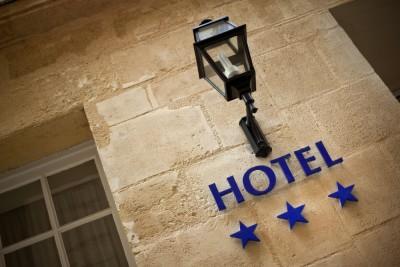 Nuevos nichos de demanda hotelera seg n tui hoteles y - Hoteles de tres estrellas en granada ...