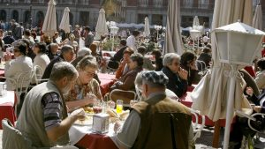 espana-se-afianza-como-el-paraiso-de-bares-y-restaurantes-106-000-nuevos-empleos